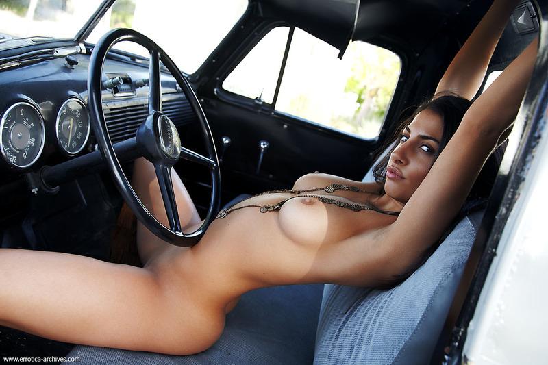 голые и авто фото