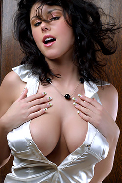 Busty Polish Girl Rosalia Verne Showing Great Cleavage