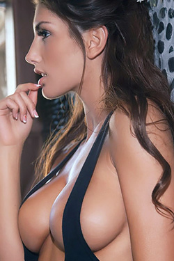 Naturaly Curved August Ames For Femjoy